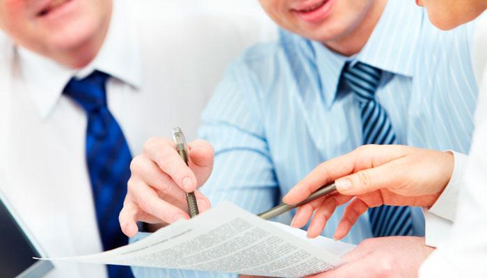 Консультирование по юридическим вопросам
